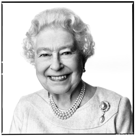 BRITAIN-ROYALS-QUEEN-PORTRAIT