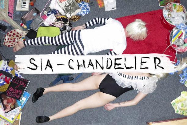 Sia-Chandelier